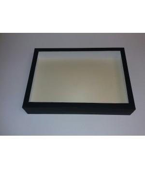 Коробка з пластиковим віконцем 35*25*6 см чорна