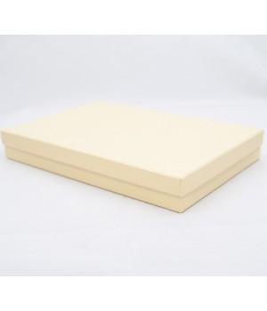 Коробка кришка-дно 40*30*6,5 см кремова (Clariane)