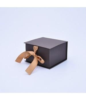 Коробка табакерка 12*12*7,5 см бронзовая на летах